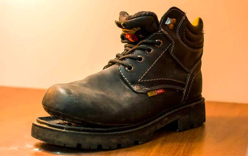 how long do hiking boots last?