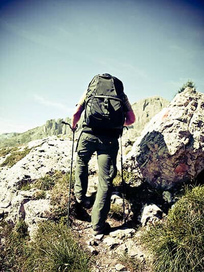 does hiking cause back pain?